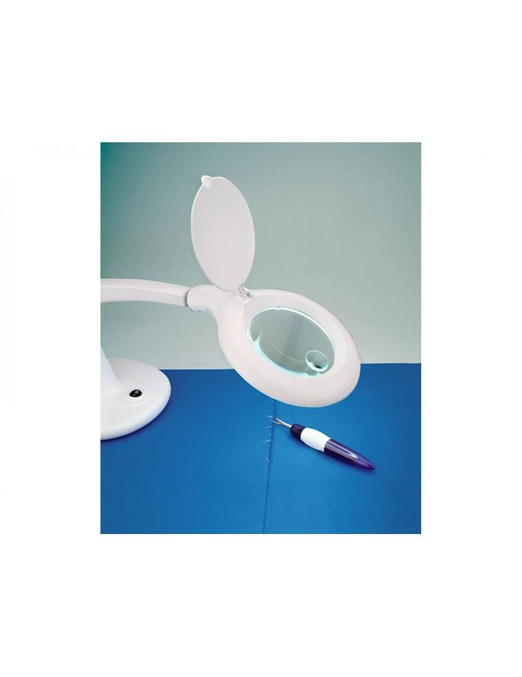 Lente di ingrandimento da tavolo con lampada e base ampia prym - Specchio con lente di ingrandimento ...