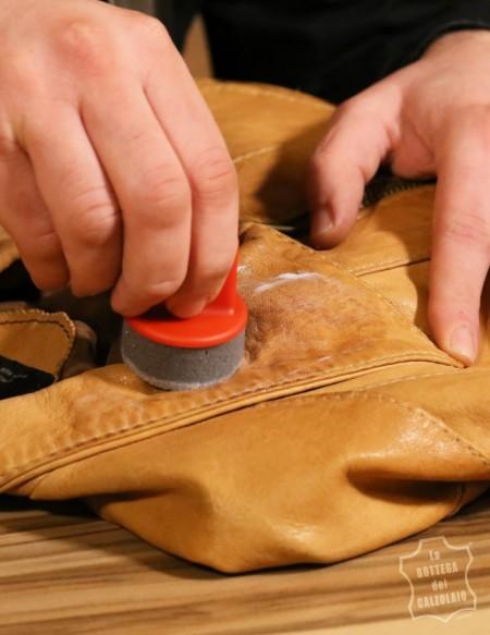 Kit per pulire giacca di pelle