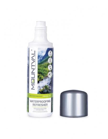 Detergente liquido impermeabilizzante per tessuti